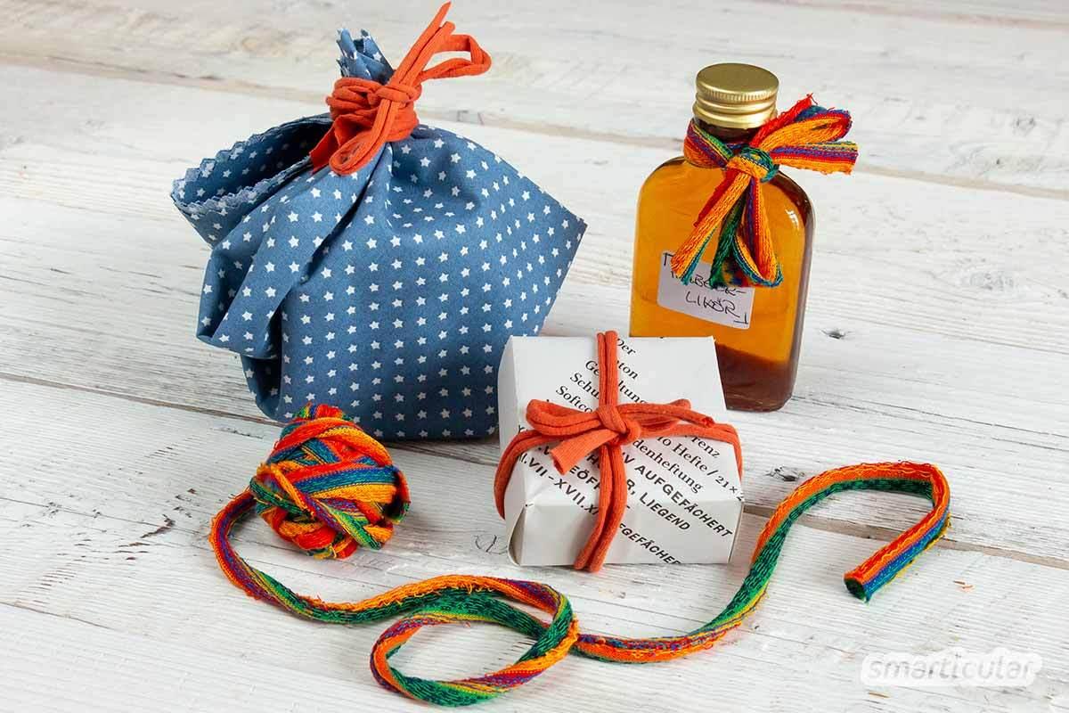 Geschenk-Schleifenbänder aus Plastik? Nein danke - mit Geschenkbändern aus alten T-Shirts zauberst du bunte und kreative Dekorationen für deine Präsente, nachhaltig und plastikfrei!