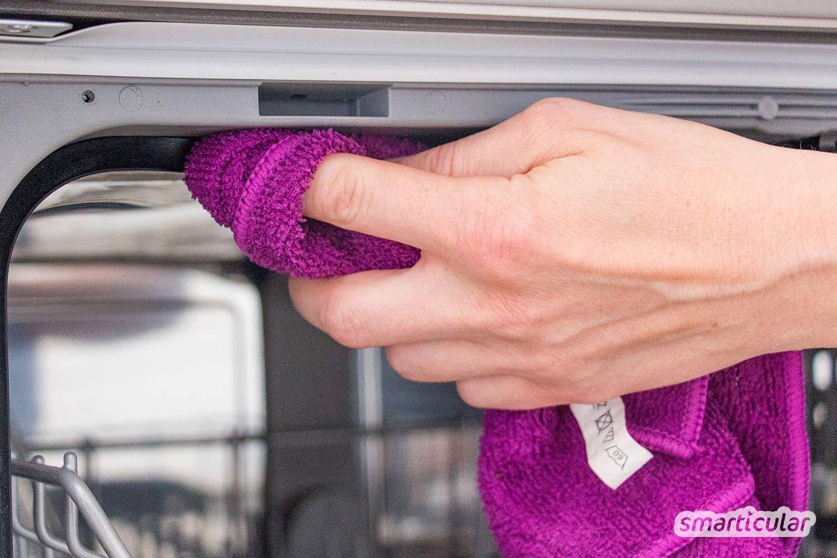 Tafelessig, Essigessenz und Apfelessig ersetzen viele Drogerie- und Reinigungsprodukte für die Küche. Wende Essig an, um Arbeitsflächen zu reinigen, Gerüche zu neutralisieren oder Küchengeräte zu entkalken.