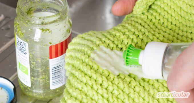 Spülmittel selber machen gegen fettige und verkrustete Rückstände auf Töpfen, Tellern und Pfannen: Mit Natron und Schmierseife kein Problem!
