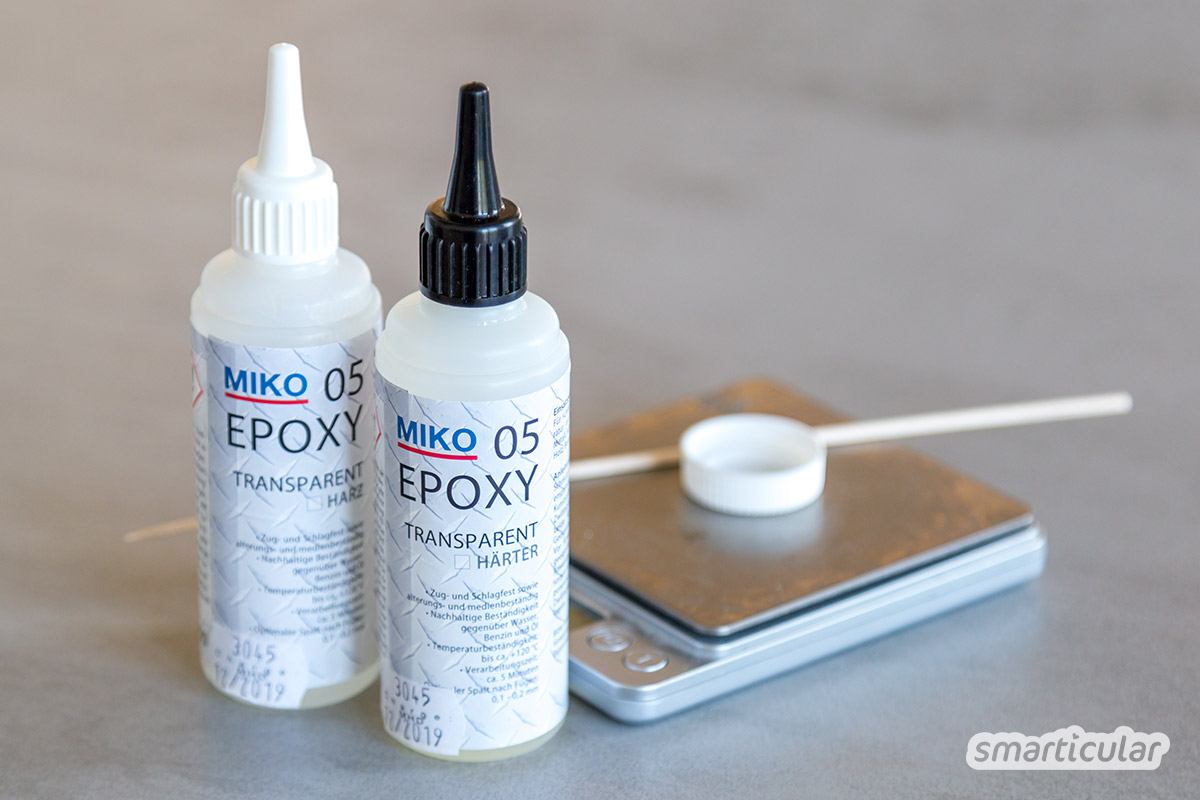 Wenn das Handy-Gehäuse einen Riss oder eine abgeplatzte Ecke hat, ist eine Reparatur oft unnötig langwierig und teuer. Dabei lässt sich der Schaden ganz einfach selbst reparieren.