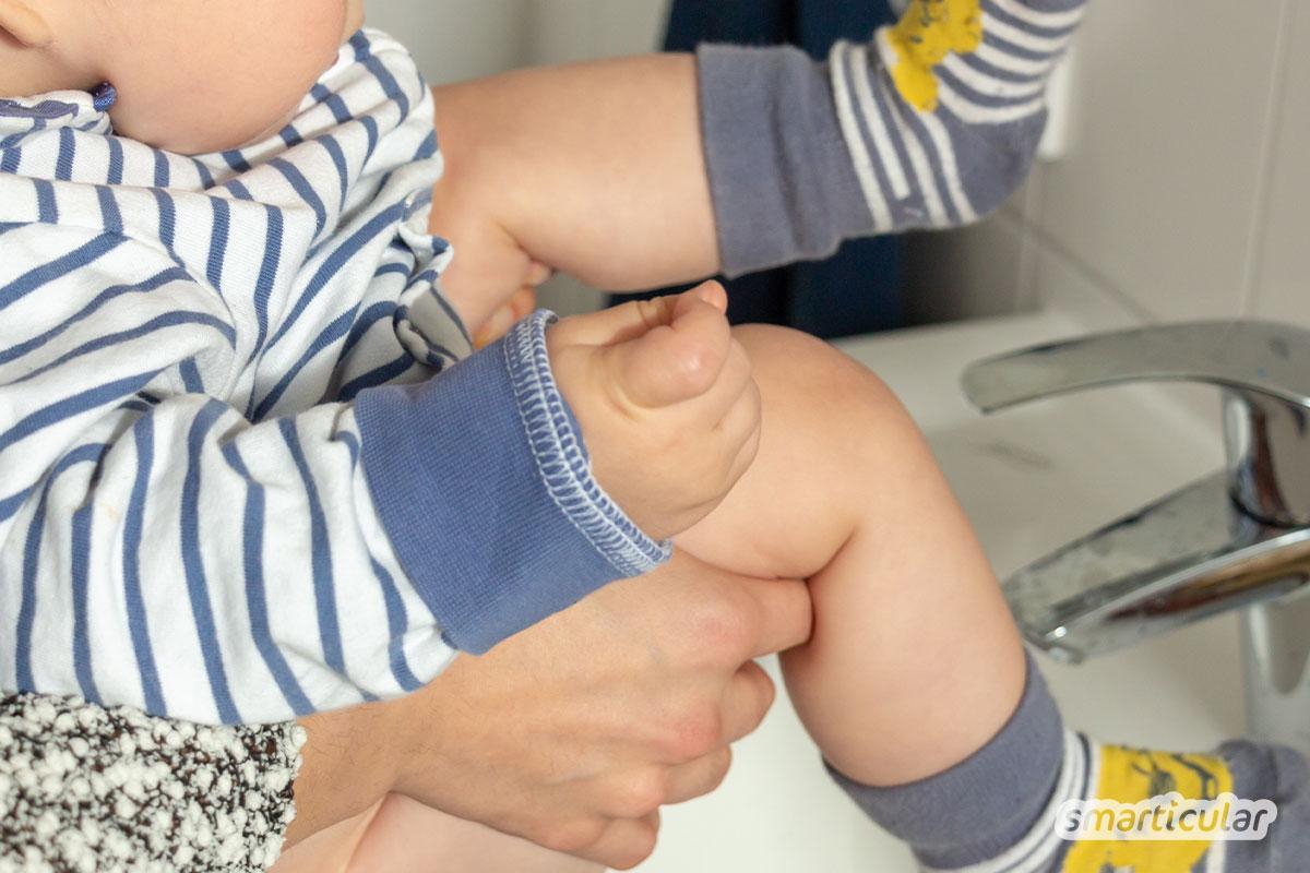Um den Berg an Windeln mit einem Baby zu reduzieren, gibt es eine ganze einfache Lösung: Windelfrei. Das sind die Vorteile, und so geht's!