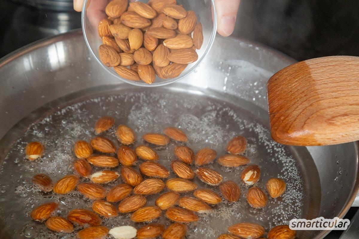 Mit diesem Rezept für gebrannte Mandeln lässt sich der knackige Snack kinderleicht leicht selber machen - ohne Zusatzstoffe und mit weniger Zucker.