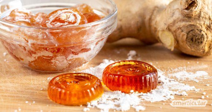 Ingwer hilft gegen Halsschmerzen: Lindernde Ingwerbonbons kannst du ganz einfach selber machen. Die Bonbons helfen auch gegen Reiseübelkeit.