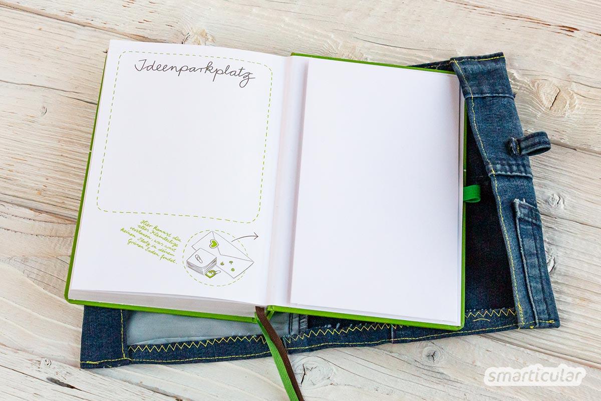Mit diesem selbst genähten Umschlag schützt du Kalender oder Notizbuch und kannst außerdem Zettel, Kleingeld oder das Handy verstauen.