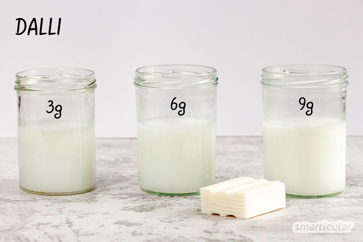 In vielen unserer Rezepte wird Kernseife in Wasser aufgelöst. Aber wie viel Seife ist notwendig, damit das Ergebnis nicht zu fest oder zu flüssig wird? Antworten liefert diese Testreihe mit Patounis, Sonett, Dalli & Co!
