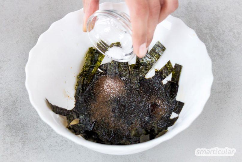 Vegane Fischsauce verleiht asiatischen und herzhaften Gerichten ein kräftiges, rundes Aroma. Mit nur vier Zutaten ist die pflanzliche Würze schnell gemacht.