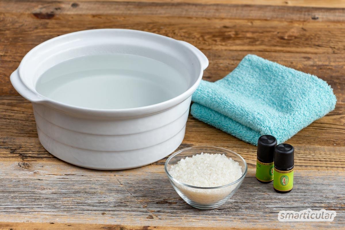 Eine Inhalationslösung gegen Erkältungsbeschwerden kann man leicht selber machen - mit Mischungen aus Salz und empfehlenswerten ätherischen Ölen.