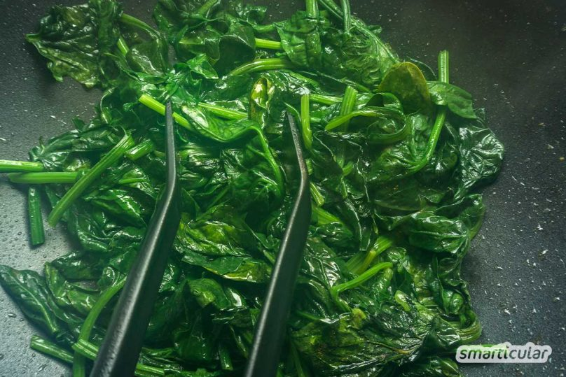 Cola hilft bei Durchfall, Spinat darf nicht wieder aufgewärmt werden: Diese und andere Lebensmittelmythen halten sich hartnäckig. Dabei sind viele längst überholt oder einfach falsch.