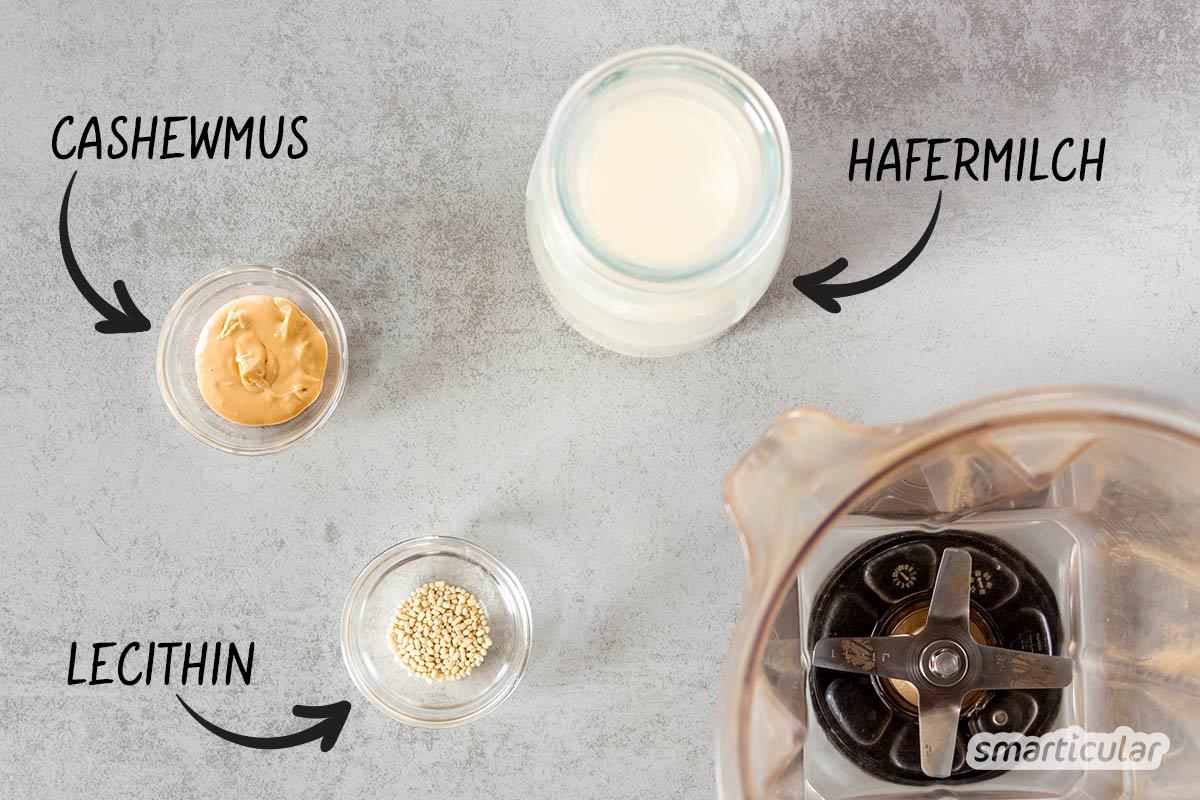 Barista-Hafermilch sorgt für cremigen Schaum auf Latte Macchiato oder Cappuccino. Statt teure Baristamilch im Laden zu kaufen, kannst du sie einfach selber machen.