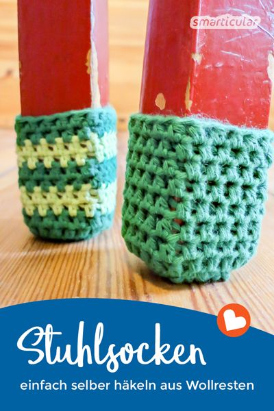 Even crocheted chair socks are a creative alternative for providing chair legs with scratch protection. In addition, wool residues can be wonderfully processed.