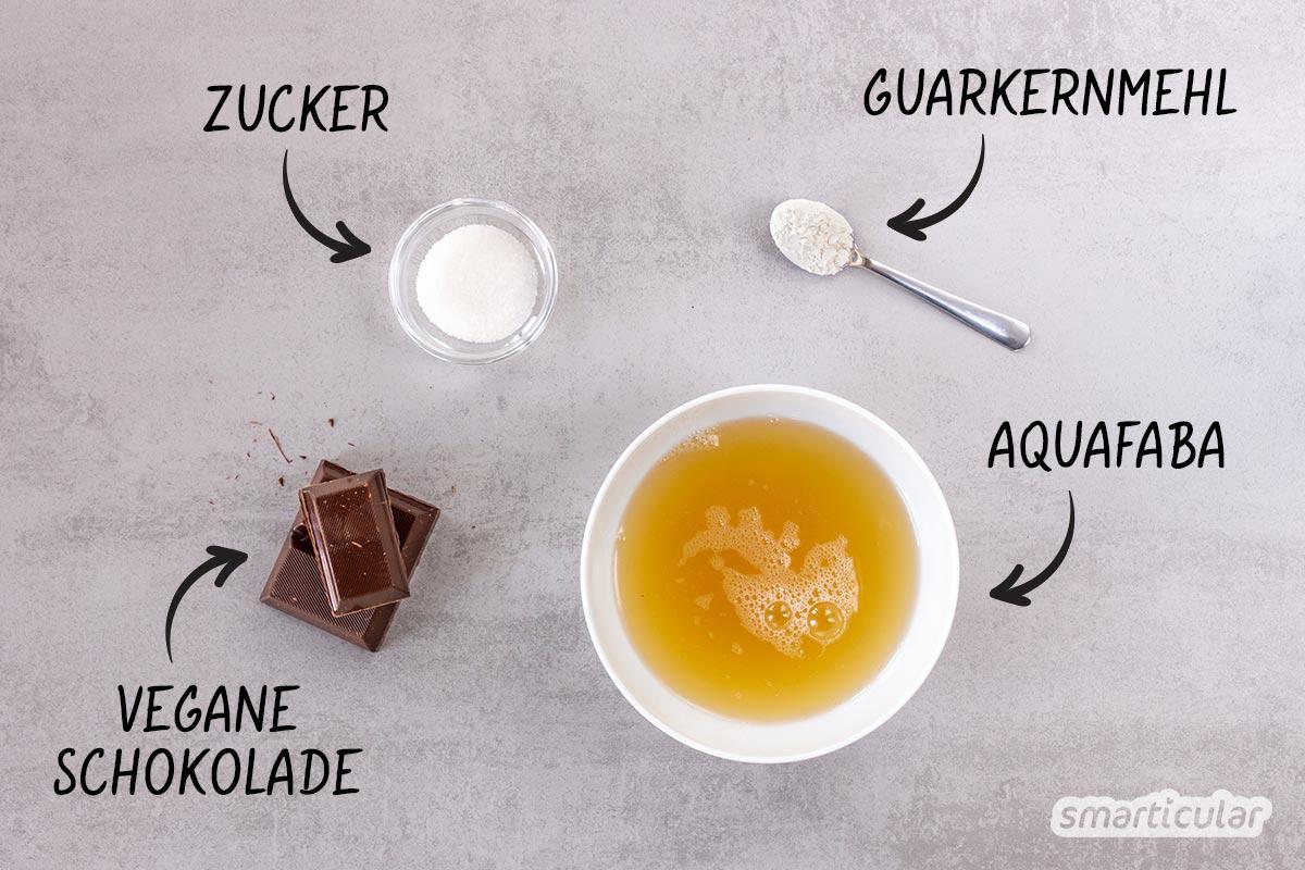 Eine köstliche Mousse au Chocolat lässt sich ganz einfach mit Aquafaba zubereiten - auf Wunsch sogar vegan. Ein Grund mehr, Hülsenfrüchte zu lieben!