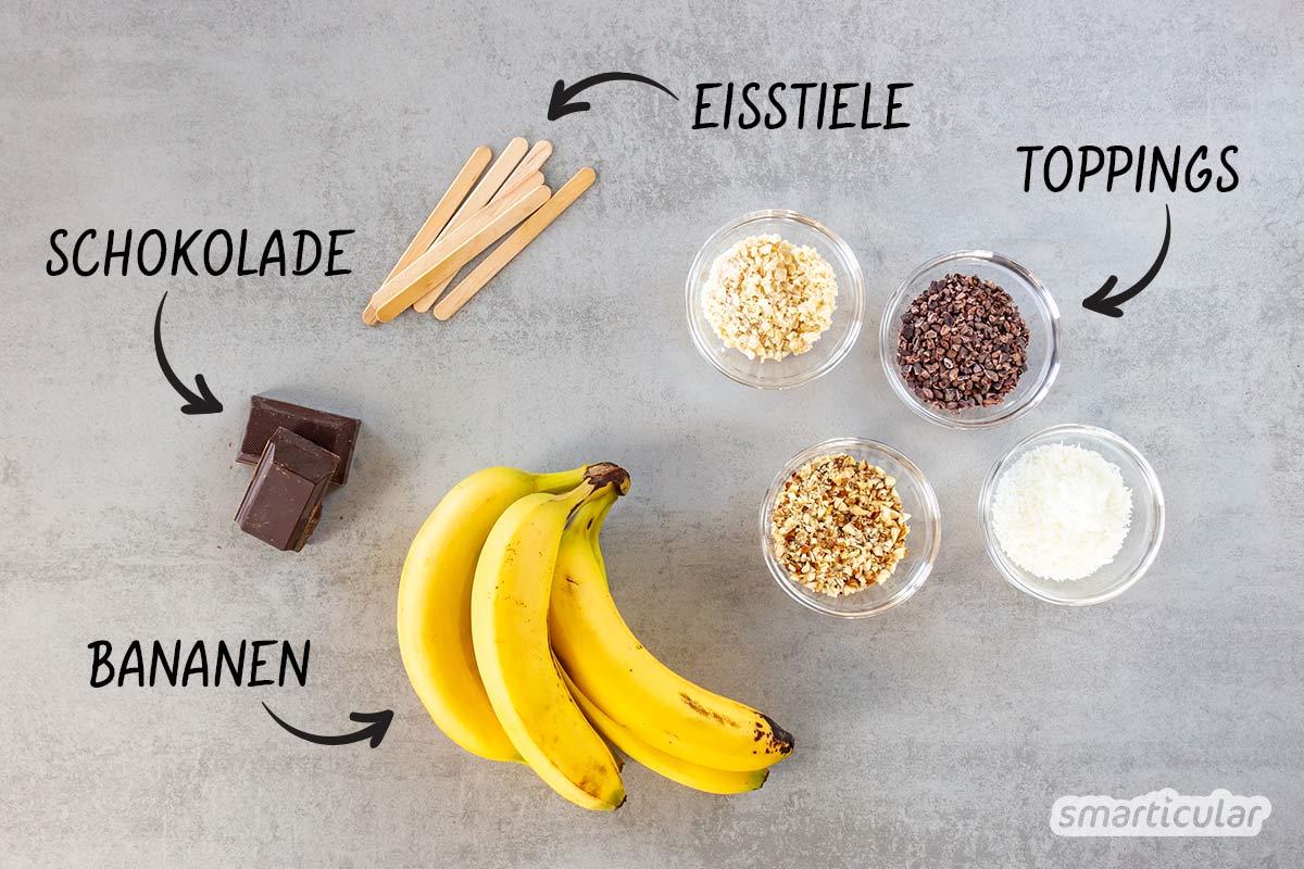 Mit Bananeneis am Stiel werden leckere, gesunde Bananen noch begehrter. So lassen sich auch bereits braun gewordene Bananen schmackhaft verwerten.