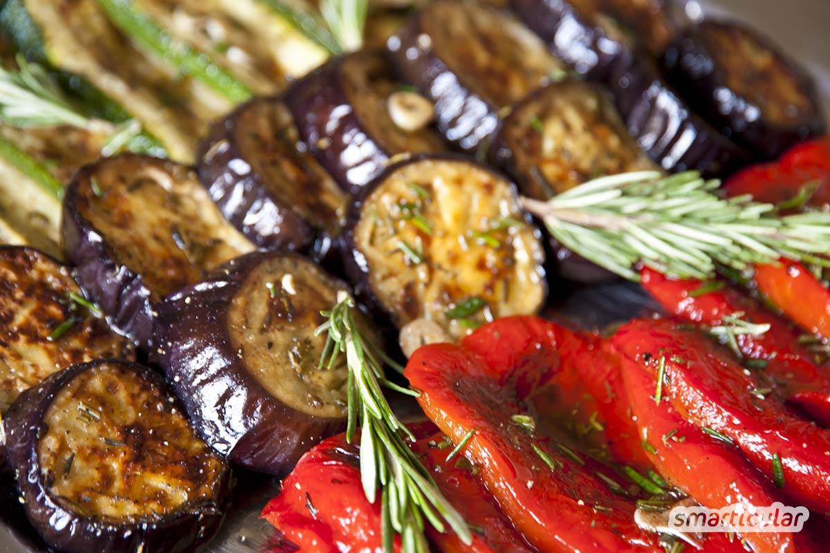 Anstatt fertige Gewürzmischungen zu kaufen, kann man Grillgewürze einfach selber machen und außerdem auf den eigenen Geschmack abstimmen.