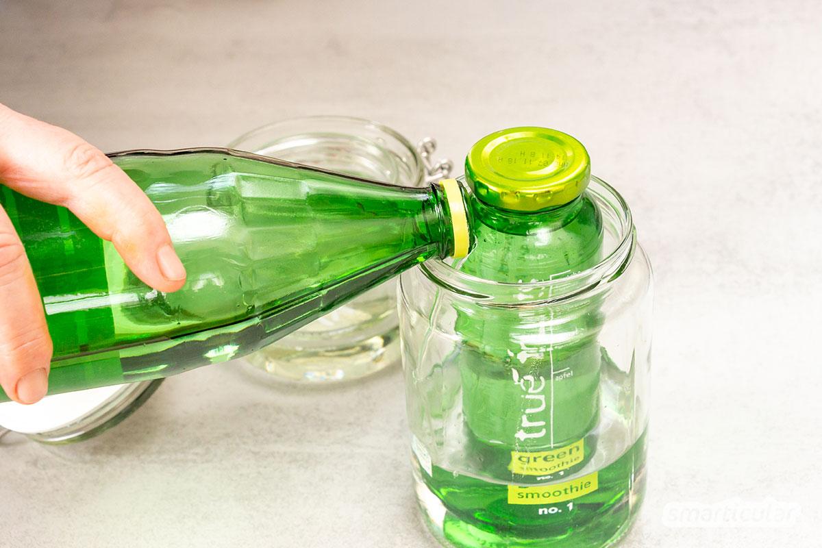 Von True-Fruits-Flaschen oder Glück-Marmeladengläsern lässt sich der Aufdruck ganz einfach entfernen, sodass sie neutral zur Aufbewahrung verwendet werden können.