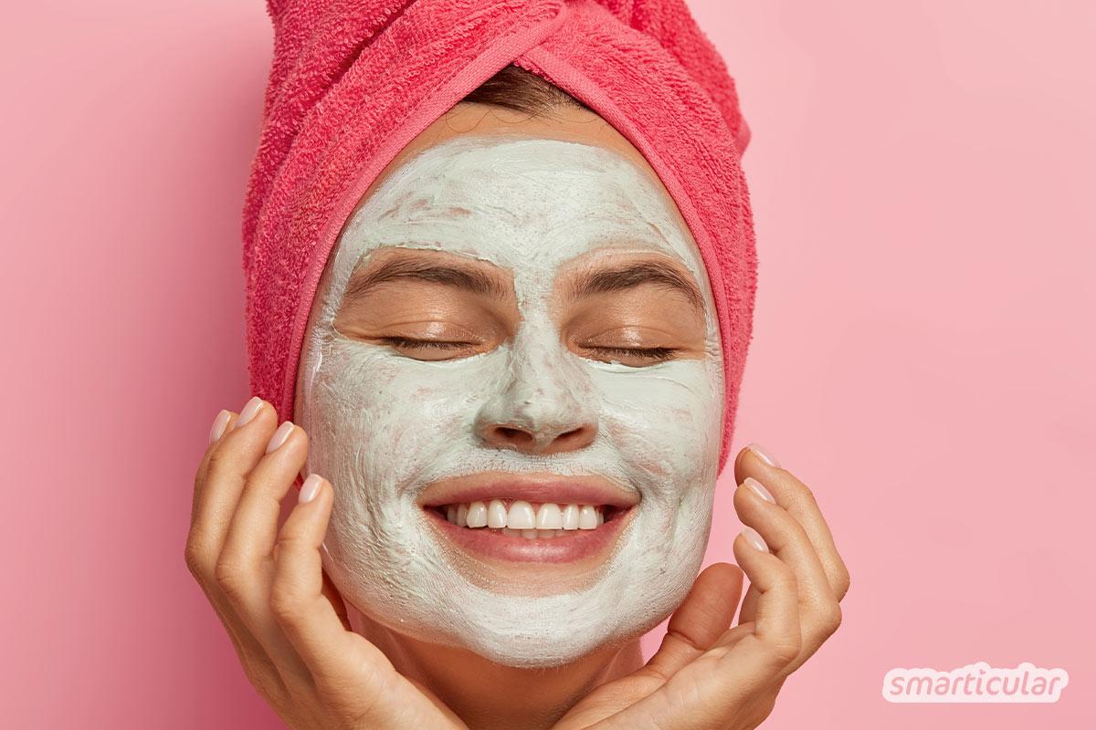 Wenn du ein natürliches Gesichtspeeling selber machen möchtest, findest du hier die besten Tipps und Tricks für ein gutes Gelingen.