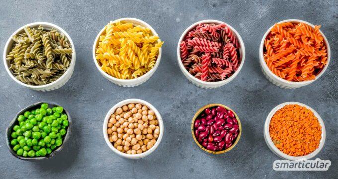 Pasta kann eine wahre Eiweißquelle sein - wenn sie aus Hülsenfrüchten besteht! Diese Proteinnudeln lassen sich einfach selber machen, mit oder ohne Ei.