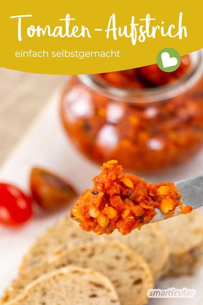 Köstlicher Tomaten-Aufstrich lässt sich im Handumdrehen selber machen und kann mit Kräutern und Gewürzen individuell abgeschmeckt werden.