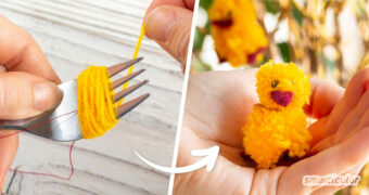 Kuschelige Küken für den Osterstrauch? Mit dieser Anleitung lässt sich schon aus wenigen Wollresten kinderleicht ein Pom-Pom-Küken basteln!