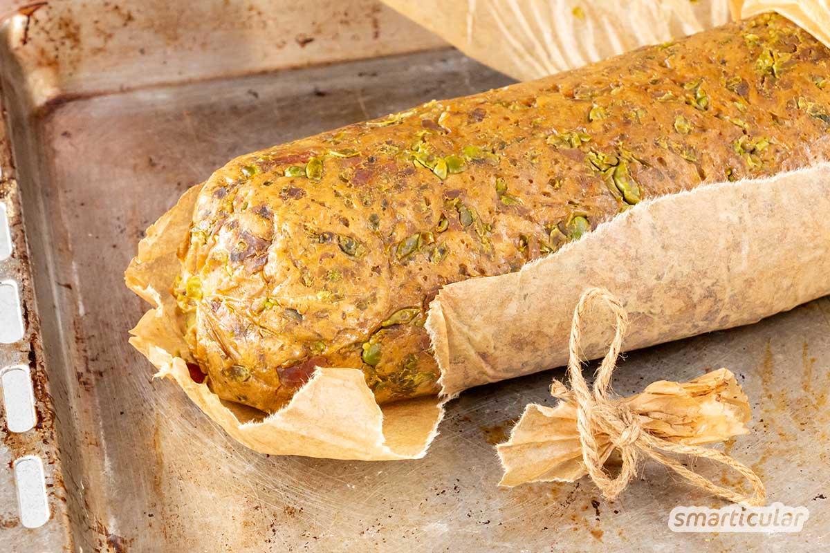 Herzhafte Seitan-Burger selber machen: diese veganen Burger-Patties mit Roter Bete und grünen Erbsen sind schnell zubereitet, auch auf Vorrat zum Einfrieren!