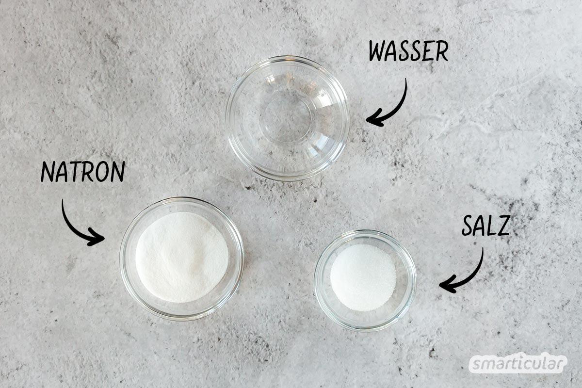 Den Backofen zu reinigen mit Hausmitteln, ist selbst bei hartnäckigen Verkrustungen möglich. Hier erfährst du, welche sich eignen und wie sie angewendet werden.