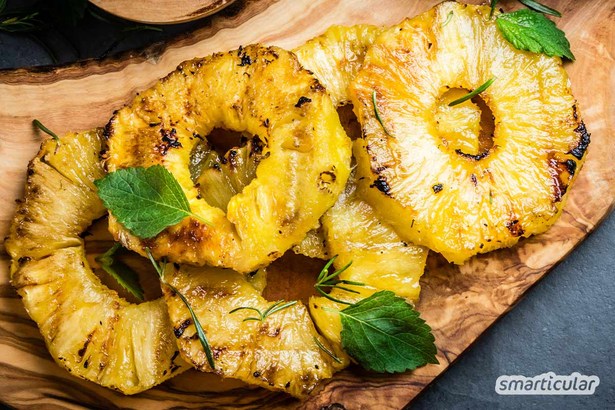Damit Früchte auf dem Grill gelingen, haben wir hier unsere besten Rezepte zum Obst grillen zusammengefasst.