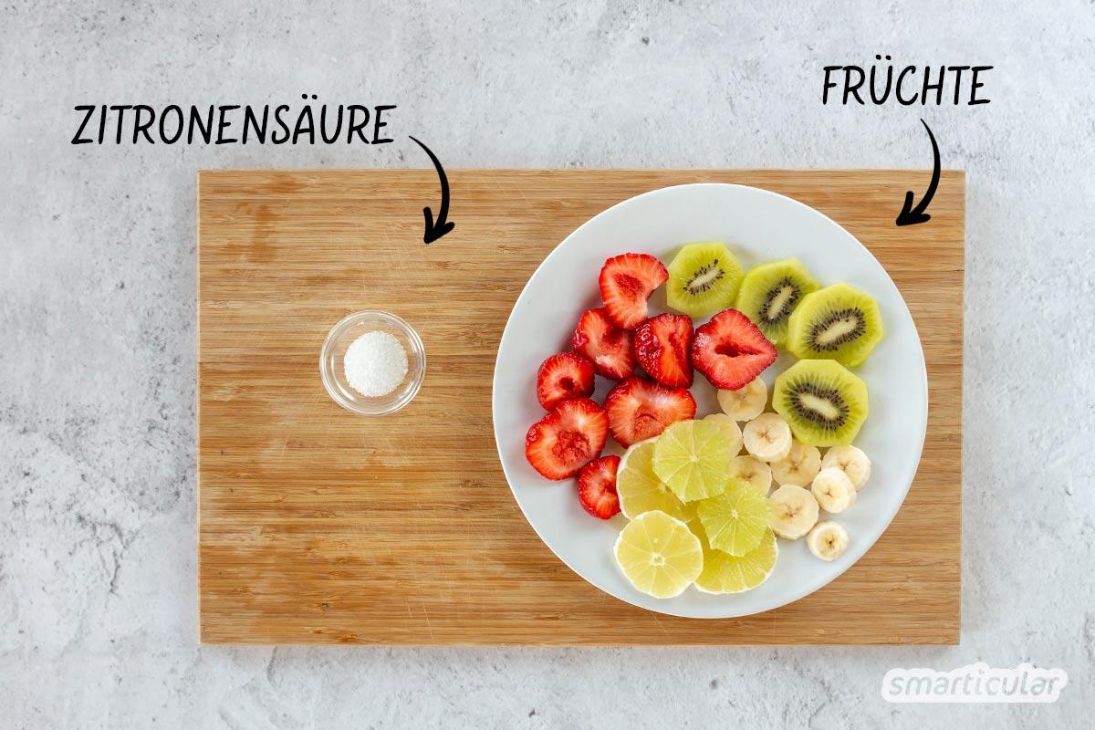 Saure Zungen sind nicht nur bei Kindern beliebt. Als gesündere Alternative kannst süß-saures Fruchtleder selber machen - ohne Zucker und Verpackungsmüll.