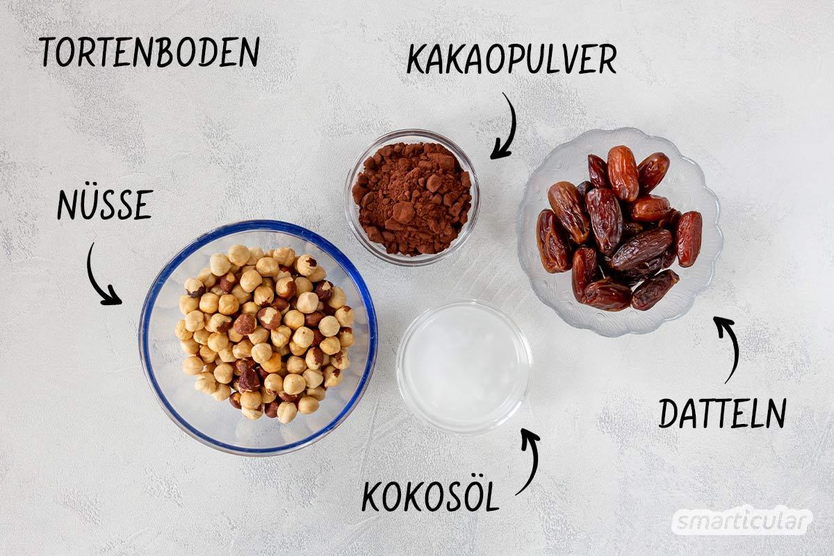 Ganz einfach lässt sich diese Schokotorte ohne backen zubereiten! Der köstliche Schokokuchen ohne Zucker enthält außerdem jede Menge gesunde Zutaten.