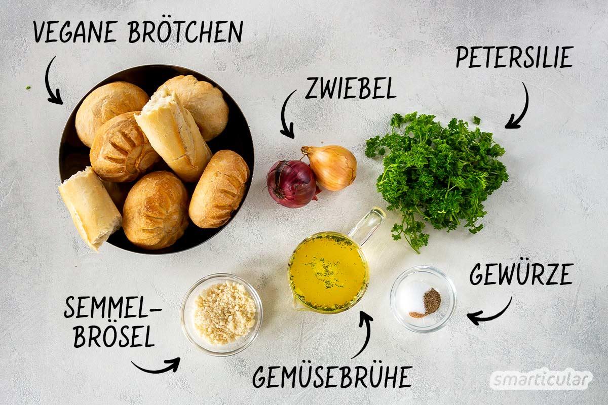 Vegane Semmelknödel lassen sich ganz einfach und aus nur wenigen Zutaten selber machen – als perfekte Resteverwertung und Beilage zu vielen Gerichten.